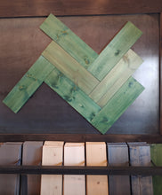 Load image into Gallery viewer, green lakes blend PLANKS- 20sf per box (green)
