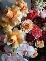 Load image into Gallery viewer, SUNKISSED Custom Bouquet