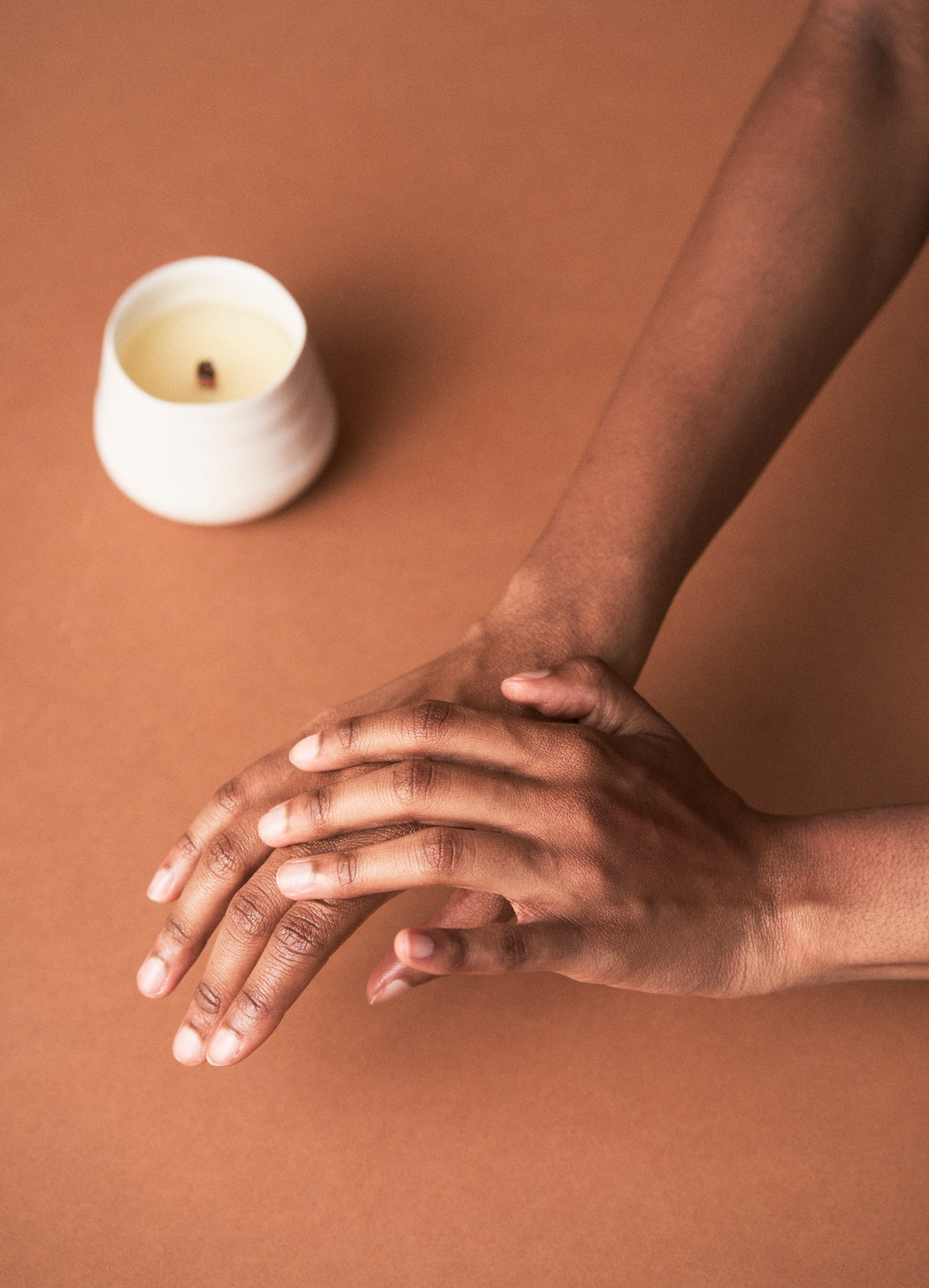 Paloma : An Aromatic Massage Oil Candle