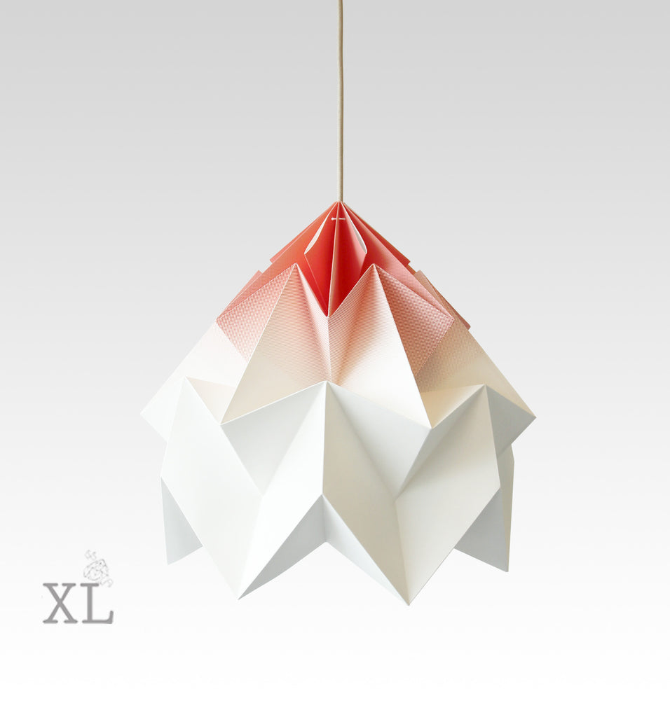 Snowpuppe  - Moth XL Gradient - coral