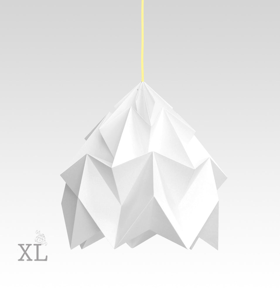 Snowpuppe  - Moth XL - white