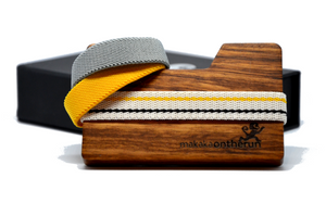 MakakaOnTheRun® Wood Slim Wallet | Zebra-Holz | Jedes Stück ein Unikat - Makaka On The Run