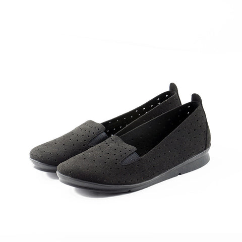 Coimbra Punched Slip-On (Black)