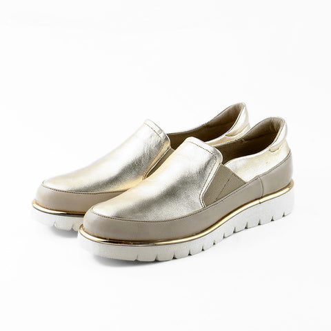 PRE-ORDER: Liverpool Slip-On Shoes (Doeskin/Gold)