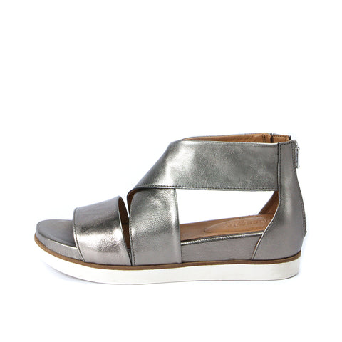 Potsdam Metallic Wide Straps Sandals (Pewter)