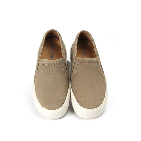 Cardiff Slip-On Sneakers (Taupe)