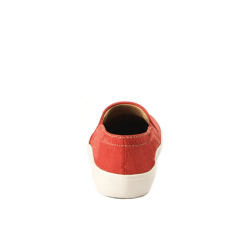 Cardiff Slip-On Sneakers (Lipstick)