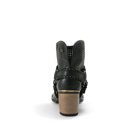 Woodville Western Ankle Boots (Black)