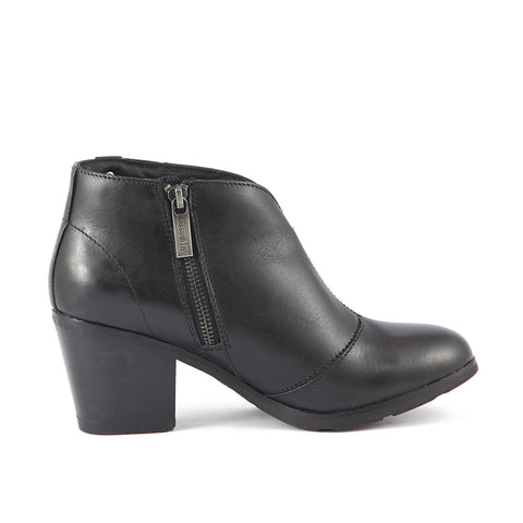 Reikiavik V-Neck Booties (Black)