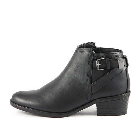 Final-Antwerpen Water Repellent Straps Ankle Boots (Black)