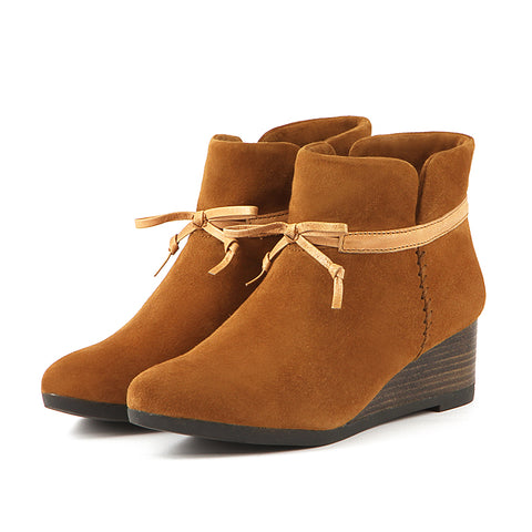 Weyburn Bow Ankle Boots (Camel)