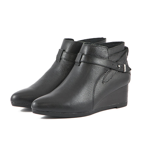 Final: Weyburn Straps Ankle Boots (Black)