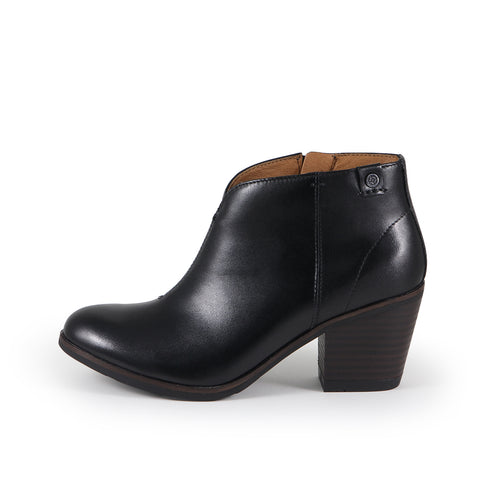 Reikiavik V-Neck Ankle Boots (Black)