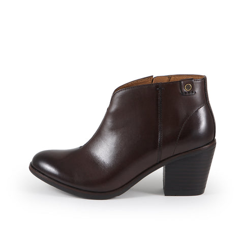 Reikiavik V-Neck Ankle Boots (Brown)