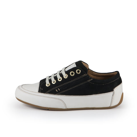 Novara Sneakers (Black)