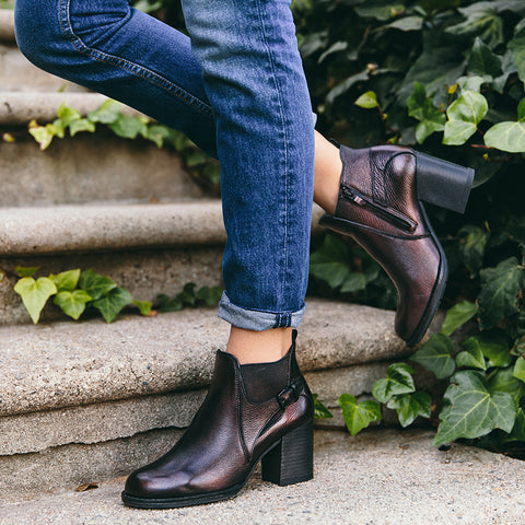 Dawson Chunky Heel Elastic Ankle Boots (Antic Copper)