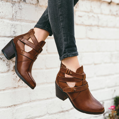 Reikiavik Cut Out Ankle Boots (Russet)