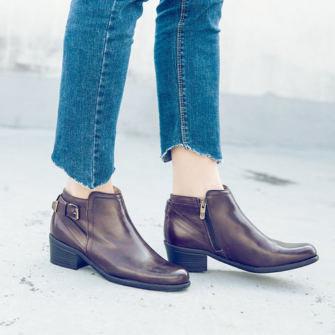 Antwerpen Straps Ankle Boots (Taupe)