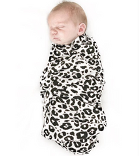 Load image into Gallery viewer, XXL Swaddle Organic Cotton • Leo Black
