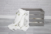 Load image into Gallery viewer, XXL Swaddle Organic Bamboo • Wild green dots