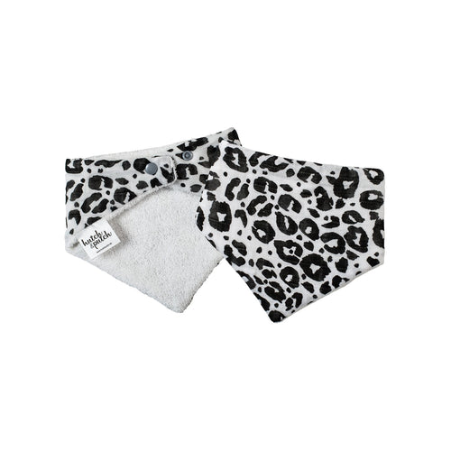 Front and backside of Bandana baby bib with Leo black design in front and soft terry towelling in the back