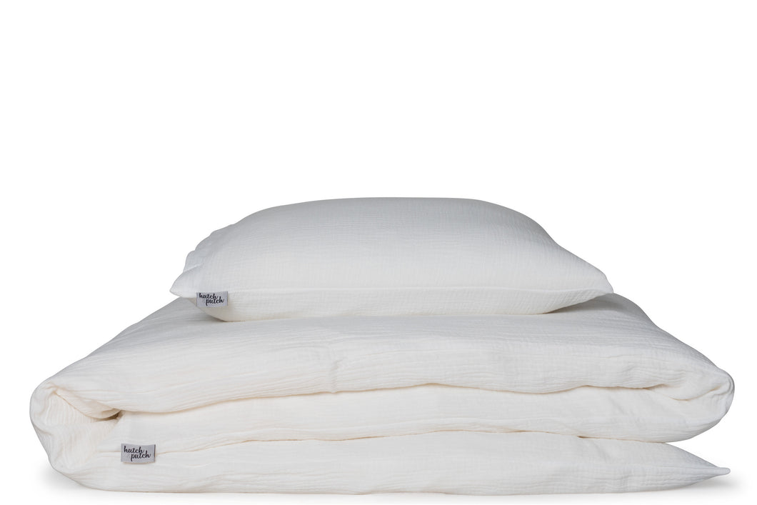 bed linen made in UAE in offwhite organic cotton