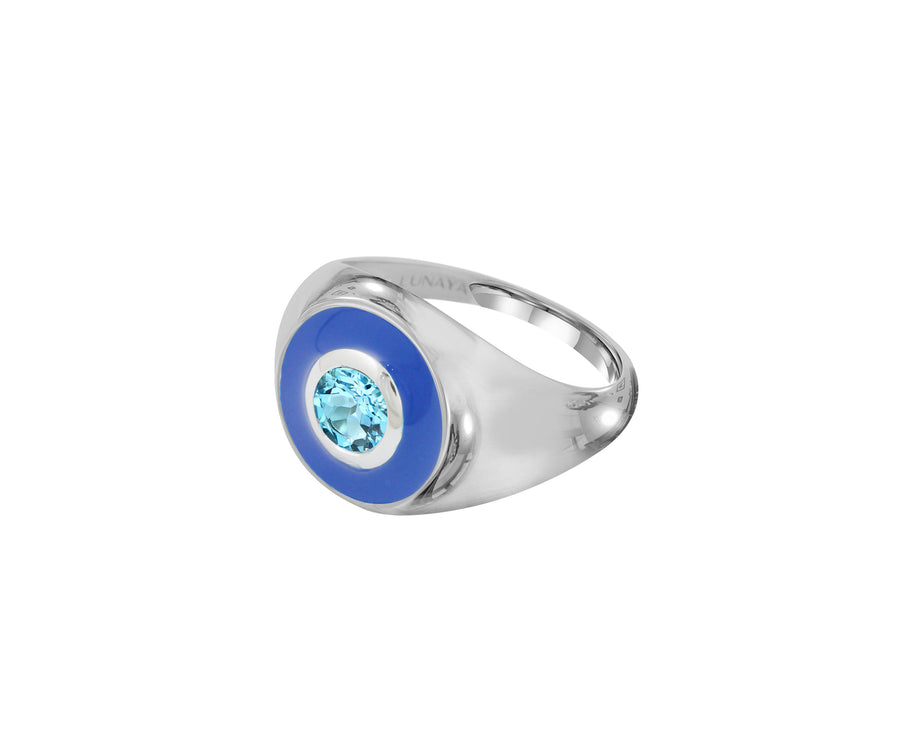 EYES ON ME SIGNET RING