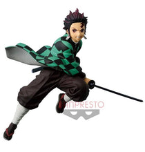 Carregar imagem no visualizador da galeria, Figure demon slayer- kimetsu no yaba Banpresto Kyojiro Kamato Figure