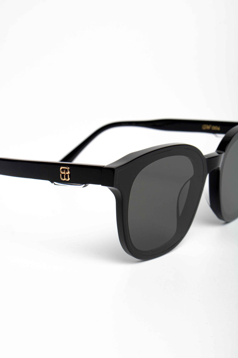 Gentle Monster X Kris Wu GW 004 01 Gentle Wu Sunglasses Black