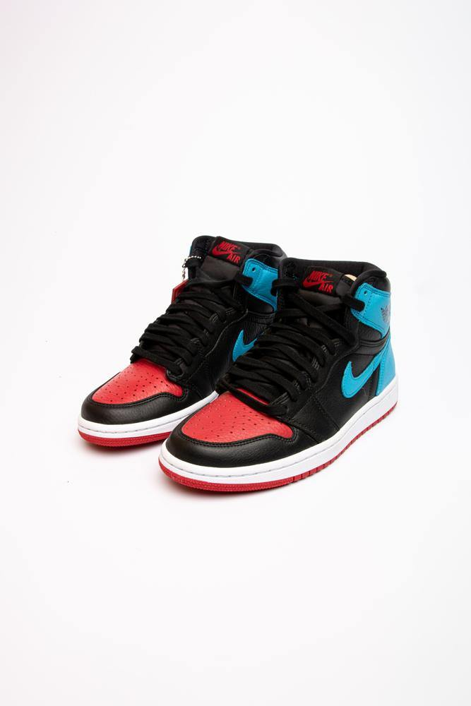 Nike Air Jordan 1 Retro High UNC to Chicago