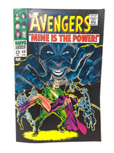 Load image into Gallery viewer, Marvel Comics Group The Avengers #49 w/ Hawkeye