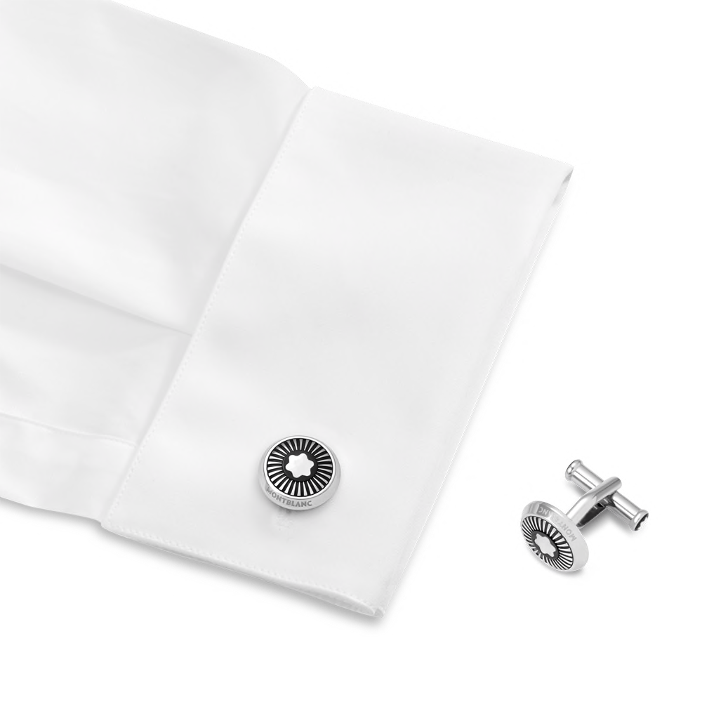 Cufflinks, round in stainless steel with ray pattern and mother-of-pearl snowcap emblem