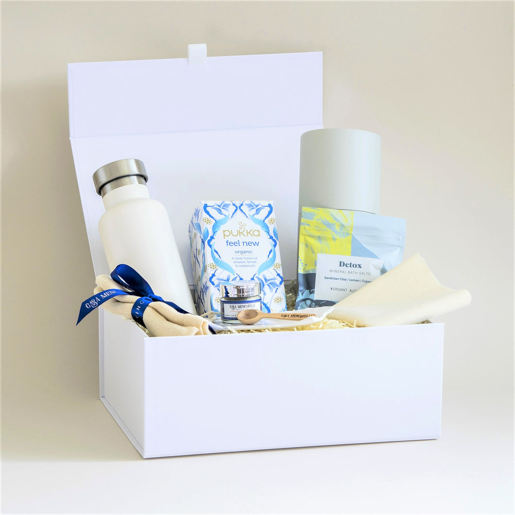 Amala Curation's Refresh & Renew White Gift Box with Verdant Alchemy's Detox Bath Salts, Casa Mencarelle Face Mask Set, Fosh White Water Bottle, Pukka Feel New Tea