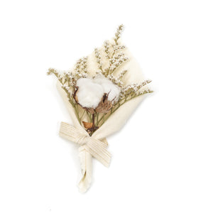 Amala Curations Dried Flower Bouquet with Dried Cotton in cream fabric