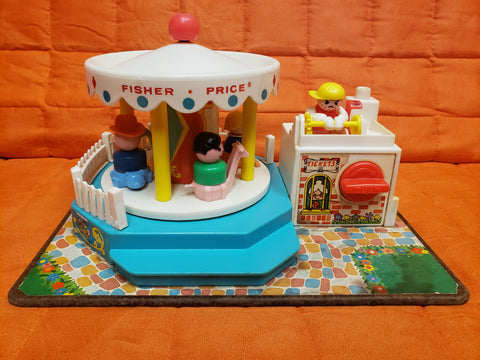 VINTAGE 1972 Fisher Price Little People MERRY GO ROUND Carousel Musical