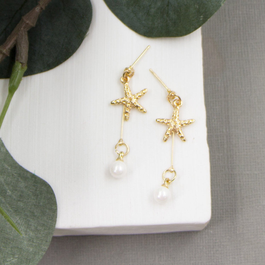 Little starfish earrings with delicate pearl dangle