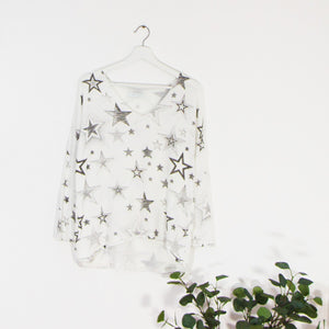 Long sleeve viscose v neck top with mixed star print