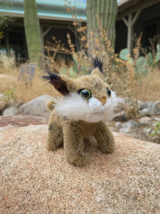 Finger Puppet: Mini Bobcat