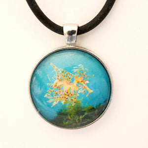 "Oceanscapes Pendant ""Leafy Seadragon"""