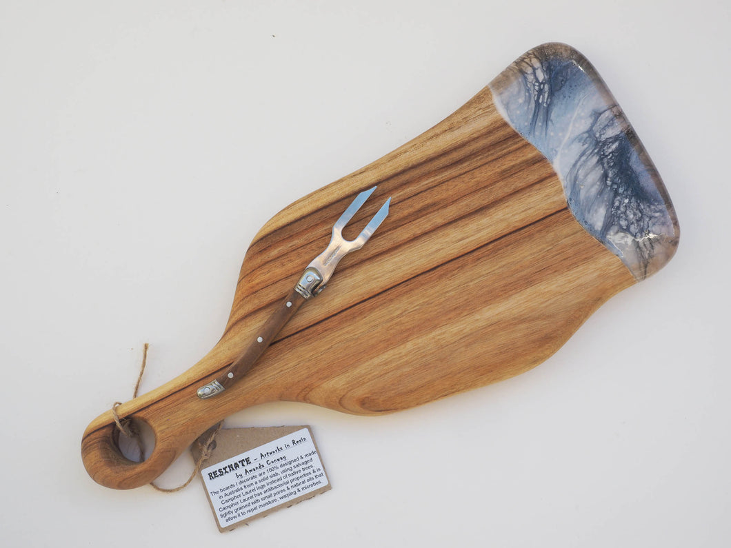 Small Paddle Cheeseboard Including knife. (CB5)
