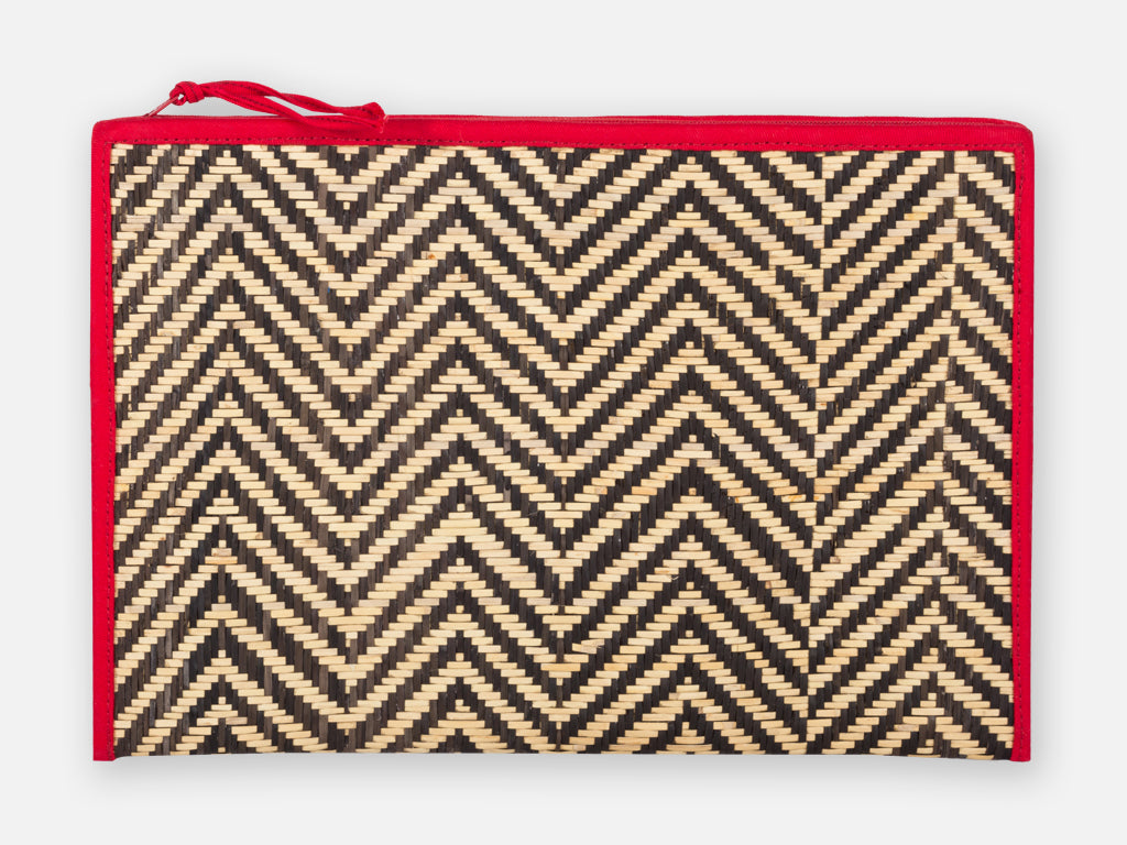 Anoud Ipad Pouch // red<br/> FOLKDAYS x Teuber Kohlhoff Nº 321