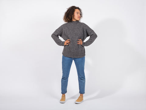 Daphne Sweater // grey <br/> FOLKDAYS Nº 356