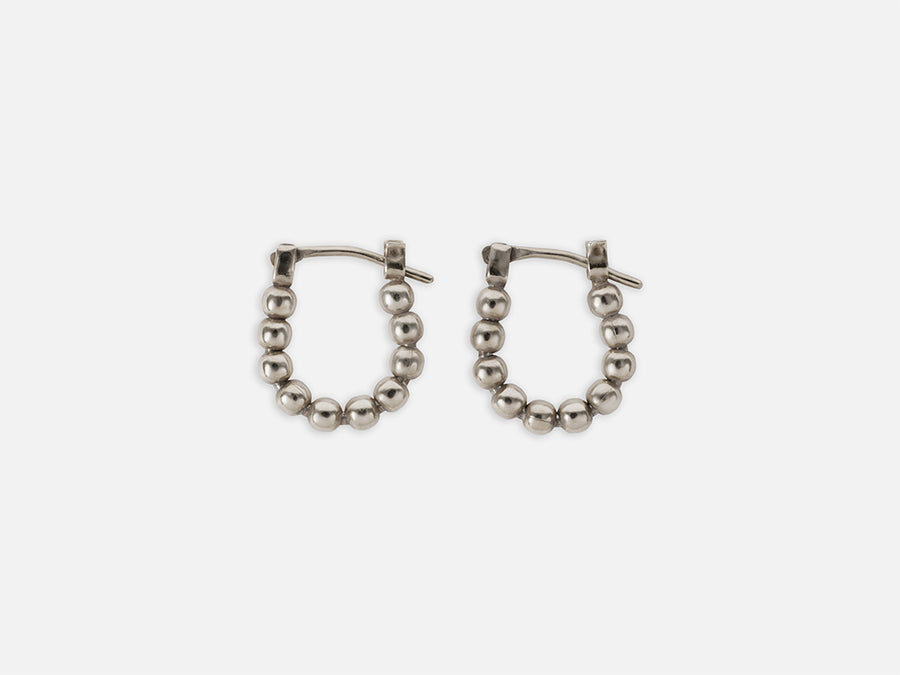 Mini Hoops with Lined up Pearls // Silver // Small