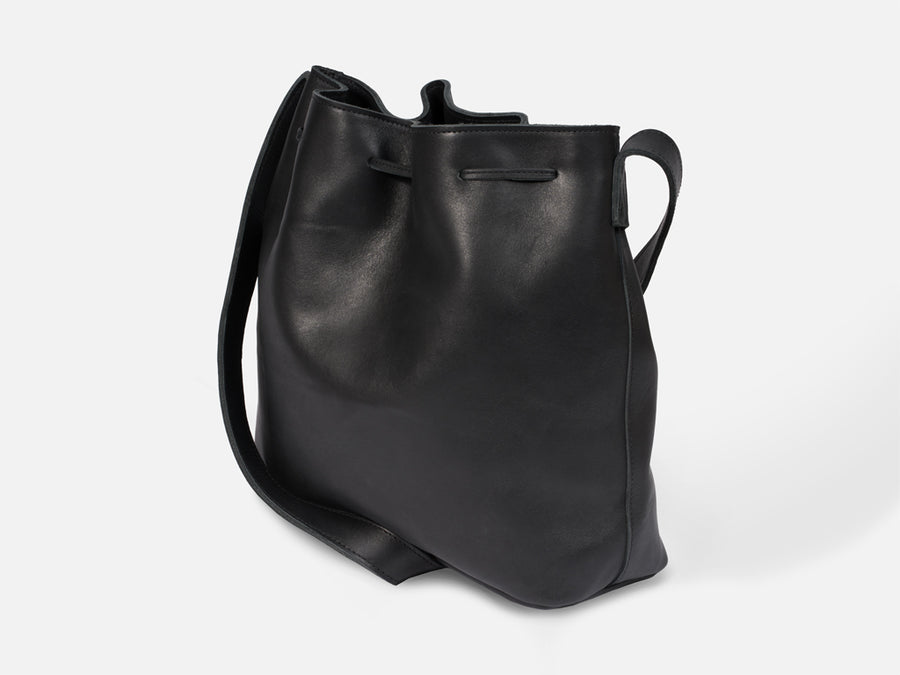 Kayla Bucket Bag // black