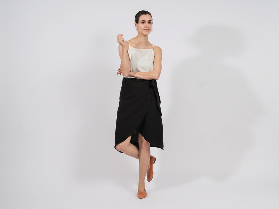 Mali Wrap Skirt // black <br/> FOLKDAYS Nº 369
