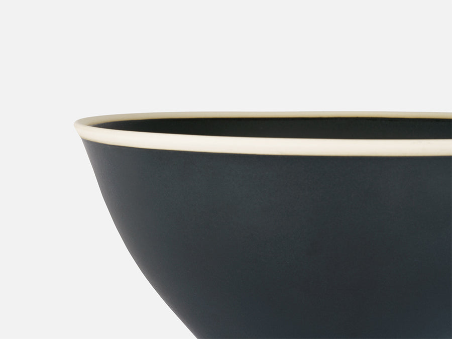 Salad Bowl with White Rim // Black