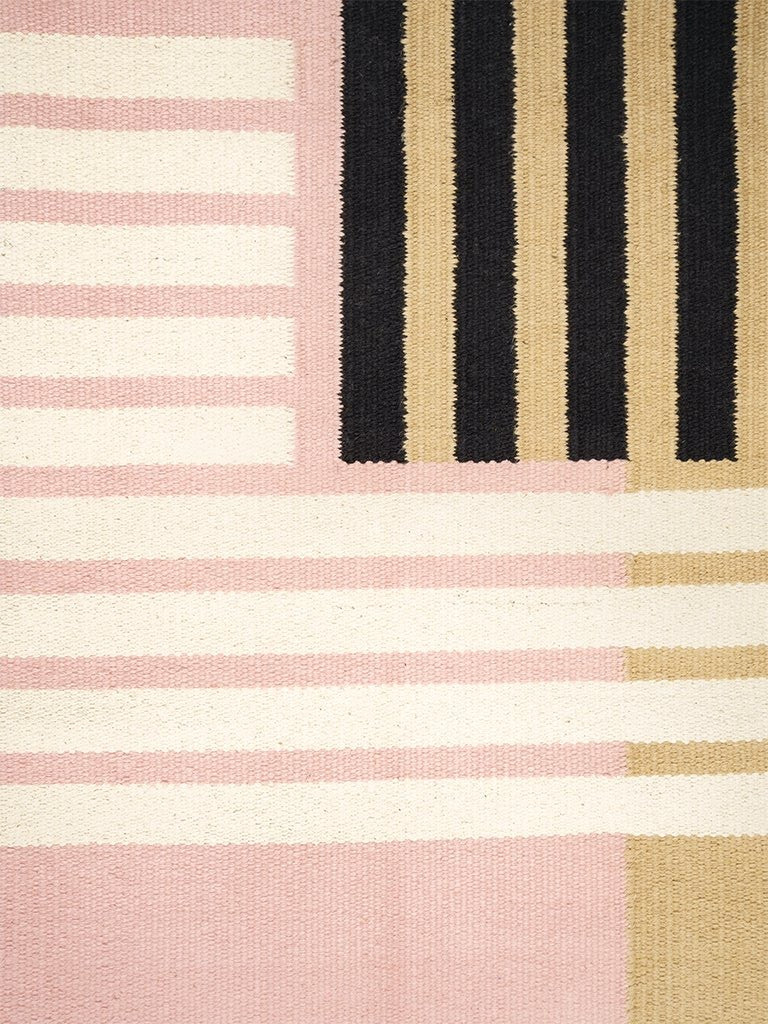 Cotton Carpet with Geometric Pattern // Pink-Beige </br> Small