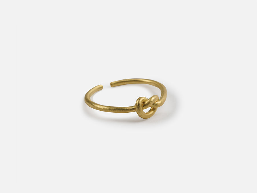 Knot Ring // Gold