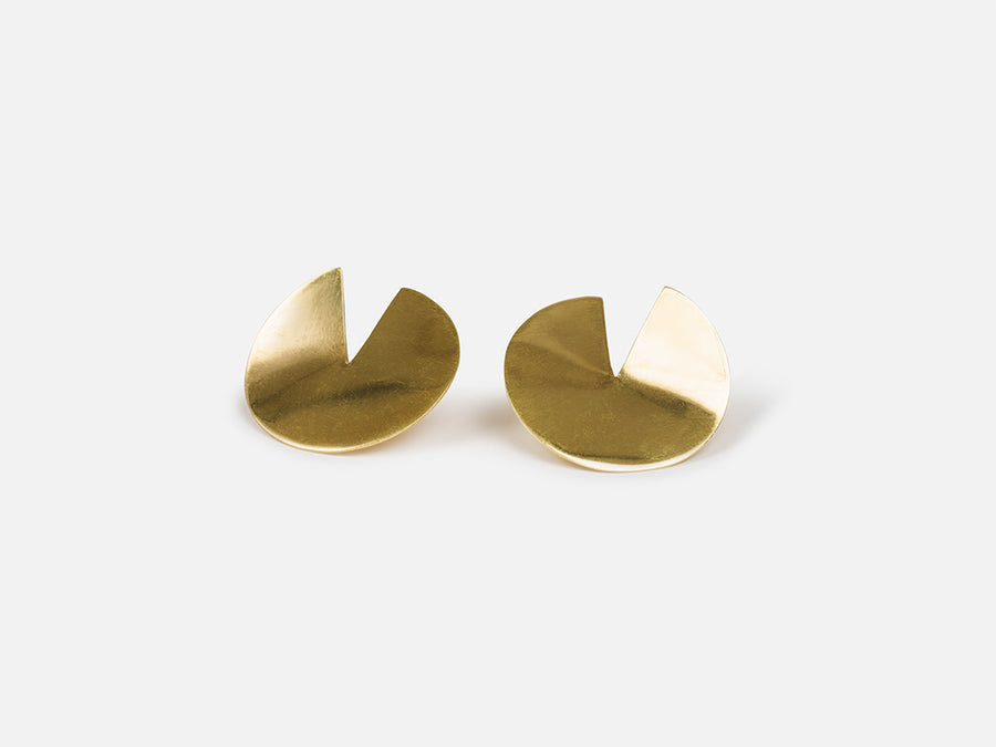 Round Earrings with Slit