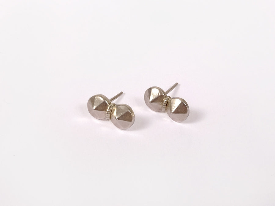 Sang Earrings // silver <br/> FOLKDAYS N° 204 - FOLKDAYS  - 1